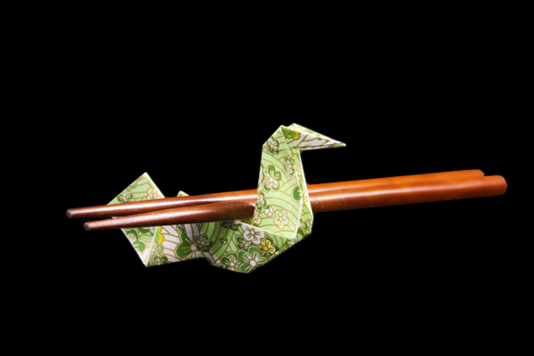 Chopstick Rest – Bird   Easy origami instructions and diagram